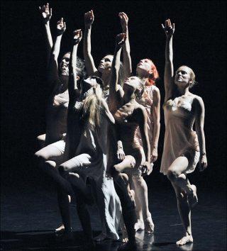Retour à Berratham, danse contemporaine, Angelin Preljocaj