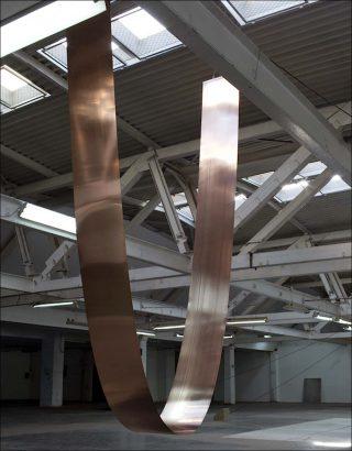 Curve, installation, Mateusz Choróbski