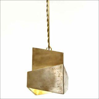Decade, lampe, Pamela Shamshiri