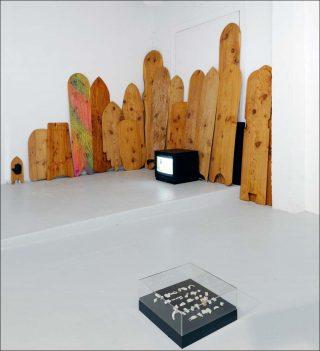 Surfer un arbre, installation, Nicolas Floc'h