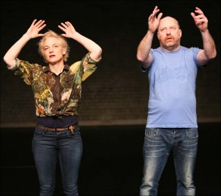 Shown and Told, Performance et Danse contemporaine, Meg Stuart et Tim Etchells