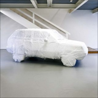 The White Car with the sound of its own filming, installation, Franck Dubois & Benoit Pierre