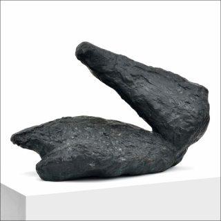 Liegender Arm - Kopf, sculpture, Per Kirkeby
