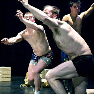 Lisi Estaras (Cie les ballets C de la B) et Platform K, Monkey Mind, 2017