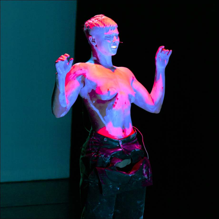 danse   u0026quot move 2018 u0026quot   performances et vid u00e9os au centre pompidou   paris art