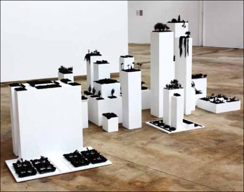 Aïcha Hamu, Dystopia, 2010. Installation.<br><br>Courtesy FABRIKculture, © Aïcha Hamu.
