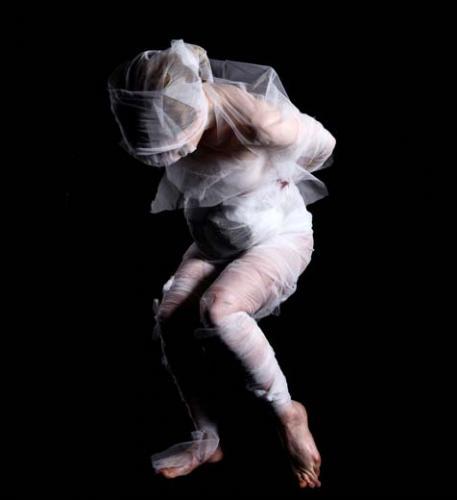 malika djardi le la gaudin danse festival faits d hiver danser la peinture paris 4e. Black Bedroom Furniture Sets. Home Design Ideas