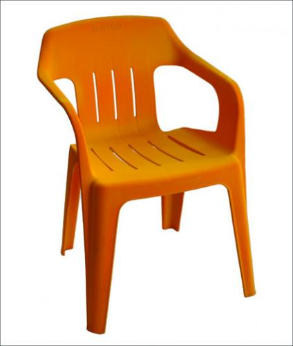 comment peindre chaise plastique id e. Black Bedroom Furniture Sets. Home Design Ideas
