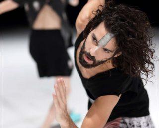 Dbddbb, danse contemporaine, Daniel Linehan