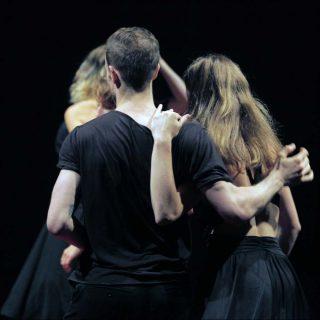 Sacre/Gold, Danse contemporaine, Emanuel Gat