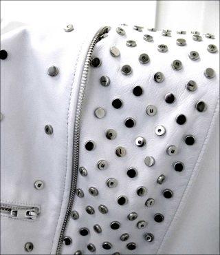 Look blanc, vêtement, Pierre Paulin