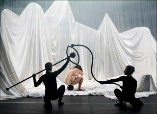 La fille du collectionneur, danse contemporaine, Théo Mercier