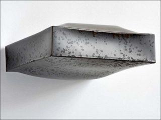 Emmanuel Boos, Je t'aime moi non plus, Galerie Jousse Entreprise - Mobilier d'architecte, 2018. Monolithe de Sèvres, sans titre (La planche aux requins), 2017