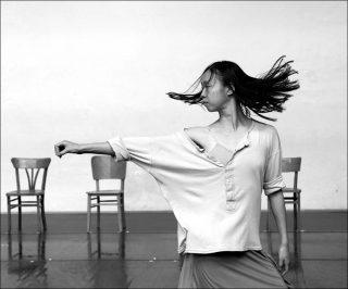 Anne Teresa de Keersmaeker (Cie Rosas), Rosas danst Rosas, 1983