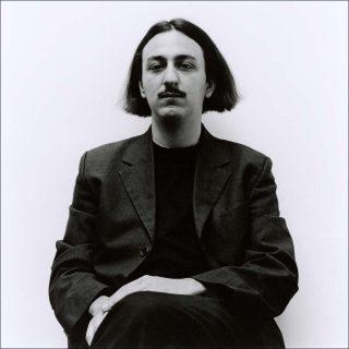 Portrait photographique de Théo Casciani.