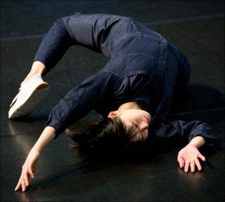 Myriam Gourfink, Glissement d'infini, 2019