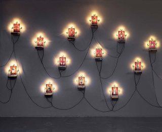 Christian Boltanski, Monument Souvenirs, 1985-1988.