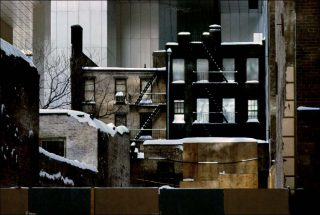 Frank Horvat, 55th Street East, Sealed up building, NY, USA, 1983.